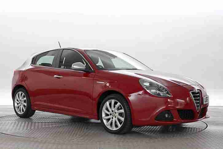alfa romeo 2012 61 reg giulietta 1 4 tb multiair 170. Black Bedroom Furniture Sets. Home Design Ideas