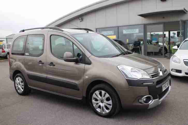 citroen 2012 62 berlingo multispace 1 6 hdi xtr 5d 91 bhp. Black Bedroom Furniture Sets. Home Design Ideas