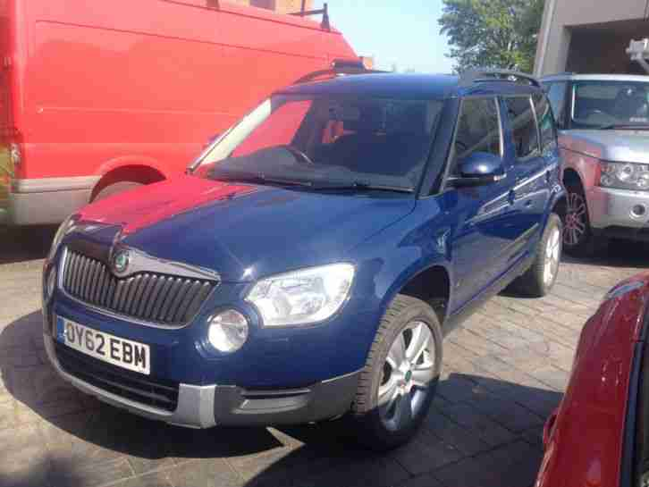 skoda 2012 62 yeti 2 0 tdi se plus 110 4x4 6 speed service. Black Bedroom Furniture Sets. Home Design Ideas