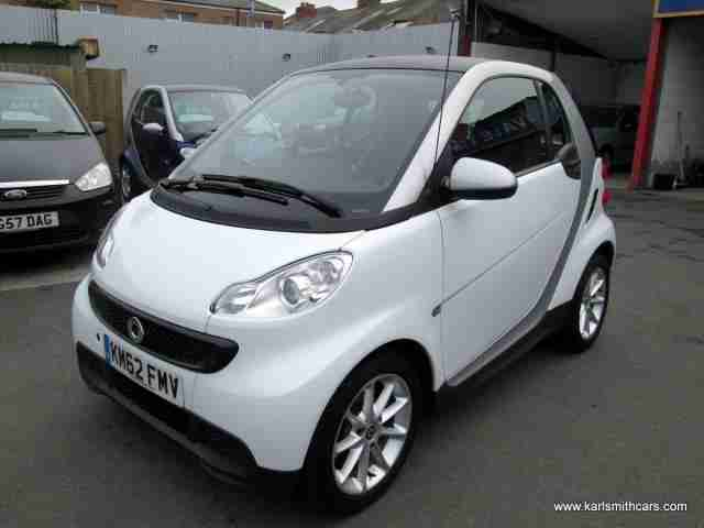 2012 (62) SMART FORTWO 1.0 PURE MHD 2DR Automatic