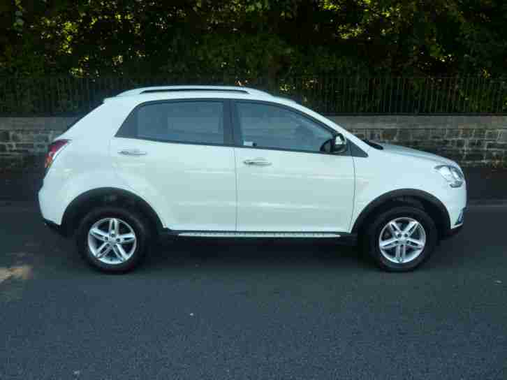 2012 '62' SSANGYONG KORANDO 2.0TD ( 175ps ) S 5 DOOR IN ICE WHITE 72,000 F,S,H,