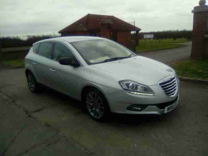 2012 Chrysler Delta 1.4 M AIR 140 SR NAV LEATHER SHOWROOM CONDITION HPI CLEAR