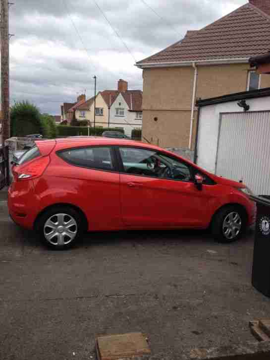 ford  fiesta style red car  sale