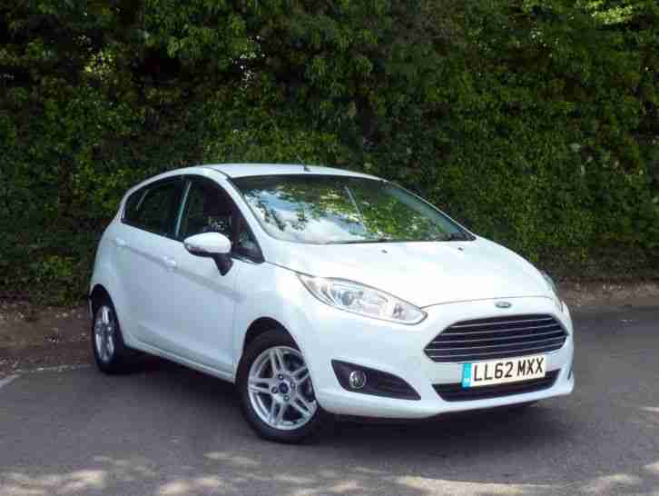 ford  fiesta   zetec dr petrol white manual
