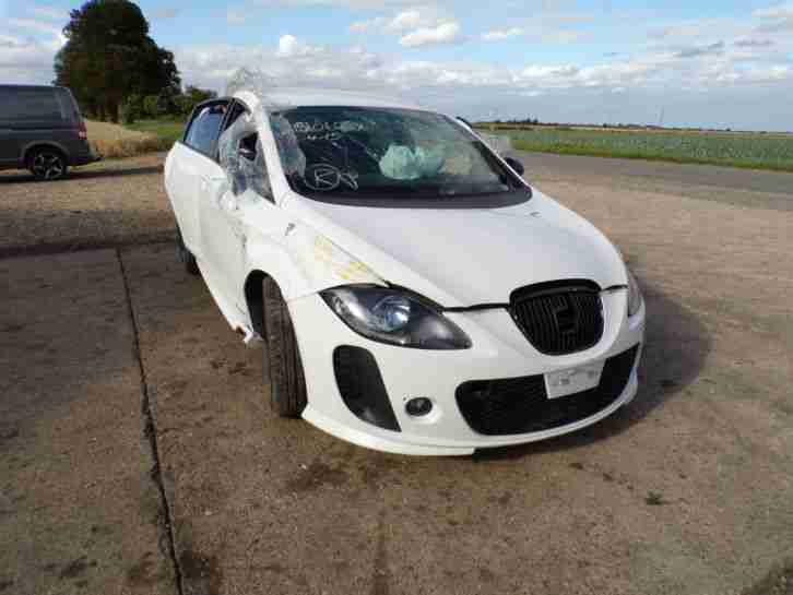 seat 2012 leon fr cr 2 0 tdi 140 salvage damaged breaking for parts. Black Bedroom Furniture Sets. Home Design Ideas