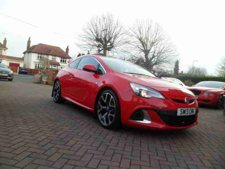 2013 13 VAUXHALL ASTRA VXR RED STUNNING IMMACULATE SWAP GOLF R GTI EVO BMW M3 RS