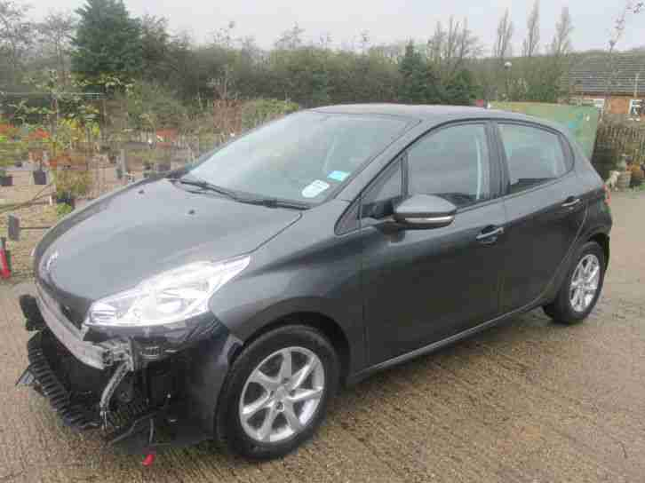 2013, 63 REG PEUGEOT 208 1.2 ACTIVE VERY LIGHT DAMAGED SALVAGE, SPARES OR REPAIR