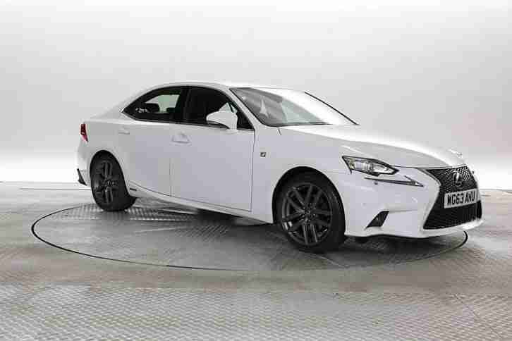 2013 (63 Reg) Lexus IS 300H 2.5 F Sport White ELECTRICITY AUTOMATIC