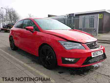 seat 2013 63 leon fr tech pack 2 0 tdi 150 sport coupe red damaged. Black Bedroom Furniture Sets. Home Design Ideas
