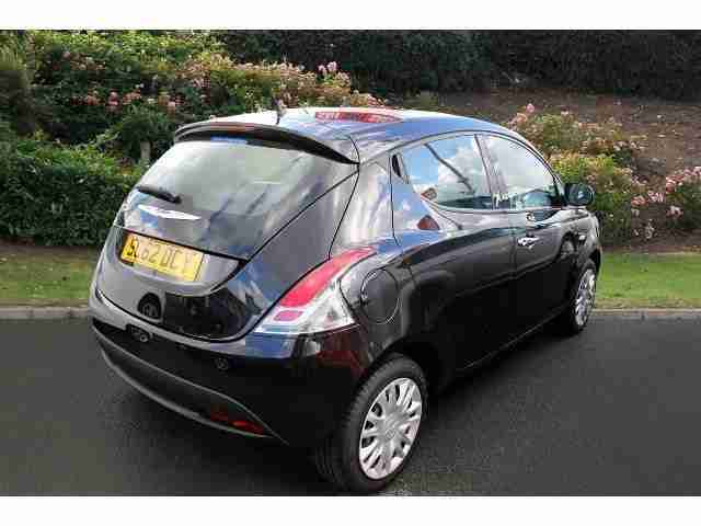 2013 Chrysler Ypsilon 1.2 S 5Dr Petrol Hatchback