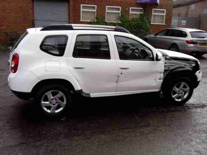 2013 dacia duster laureate 4x4 4wd dci diesel salvage damaged car for sale. Black Bedroom Furniture Sets. Home Design Ideas