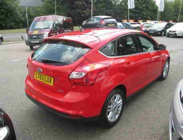 ford 2013 focus titanium tdci 115 diesel red manual car for sale. Black Bedroom Furniture Sets. Home Design Ideas