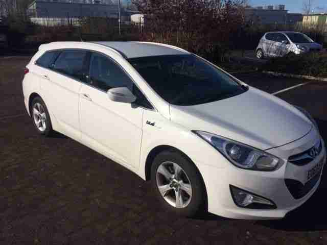 2013 I40 ACTIVE BLUE DRIVE CRD WHITE