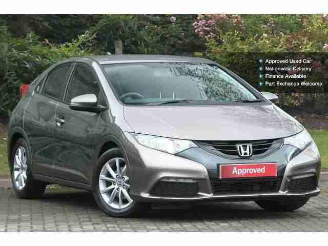Honda 2013 civic 1 4 i vtec se 5dr petrol hatchback car for Honda civic hatchback 2013