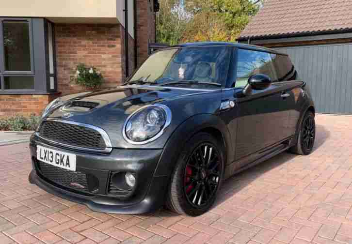 2013 MINI JOHN COOPER WORKS 1.6 3dr 211BHP