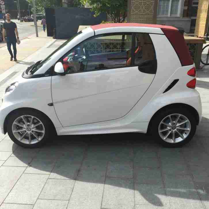 Smart 2013 FORTWO PASSION CDI AUTO WHITE. Car For Sale