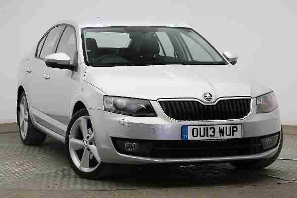 skoda 2013 octavia 1 6 tdi cr elegance 5 dr hatchback s car for sale. Black Bedroom Furniture Sets. Home Design Ideas