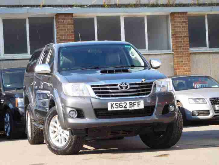 2013 Hilux 3.0 D 4D Invincible Crewcab