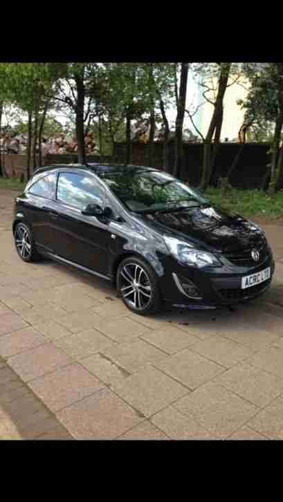 vauxhall 2013 corsa 1 4 turbo black edition with factory sat nav cat d. Black Bedroom Furniture Sets. Home Design Ideas