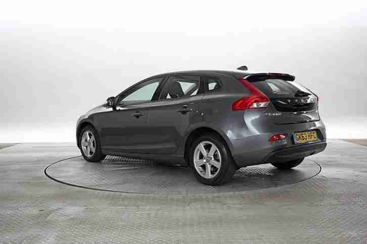 volvo 2014 63 reg v40 1 6 d2 115 es met grey 5 standard diesel. Black Bedroom Furniture Sets. Home Design Ideas