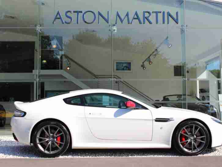 2014 Aston Martin Vantage N430 Petrol white Manual