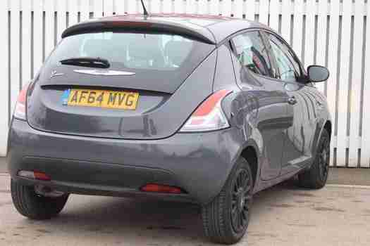 2014 Chrysler Ypsilon 1.2 Silver 5 door Petrol Hatchback