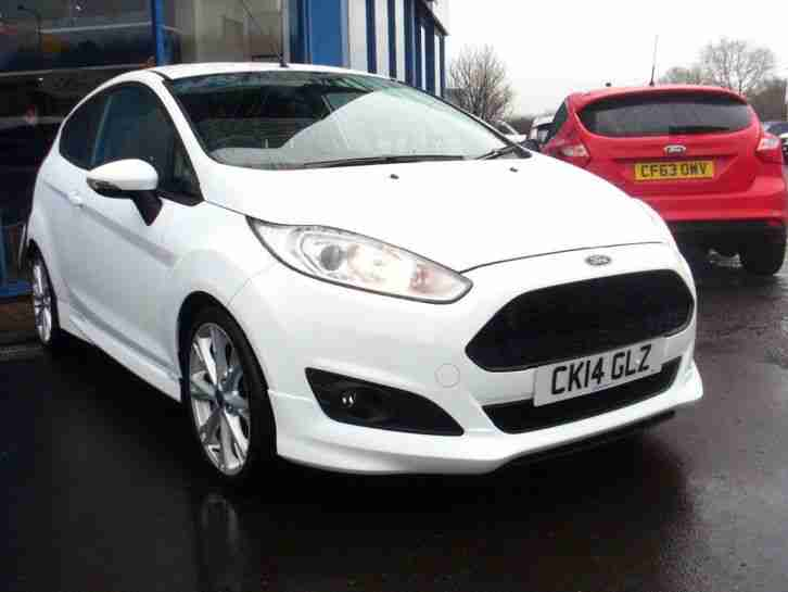 2014 Fiesta ZETEC S Petrol White Manual