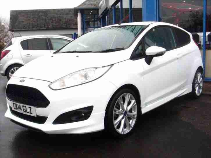 Ford 2014 Fiesta Zetec S Petrol White Manual Car For Sale