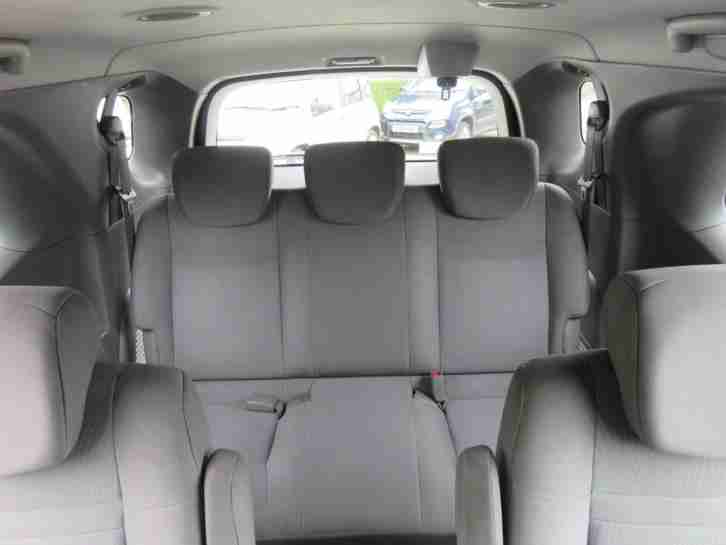 2014 Ssangyong Turismo 2.0 TD S. 7 Seater, Seats