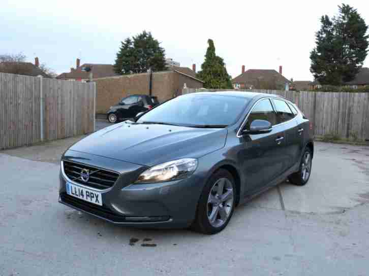 2014 Volvo V40 1.6 D2 Turbo Diesel SE LUX NAV 5 Door 6 Speed Auto Sat Nav Blueto