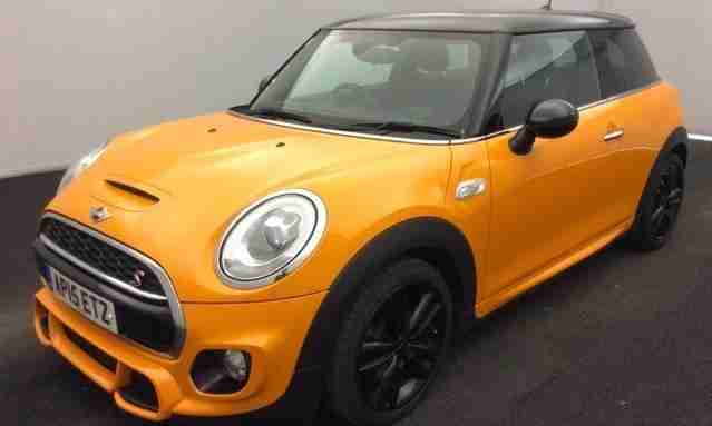 Mini 2015 15 Cooper S 20 3dr Auto 31k Panroof Pronav Harman