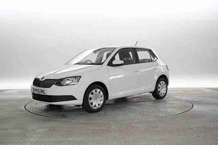 skoda 2015 15 reg fabia 1 2 tsi s dsg candy white 5. Black Bedroom Furniture Sets. Home Design Ideas
