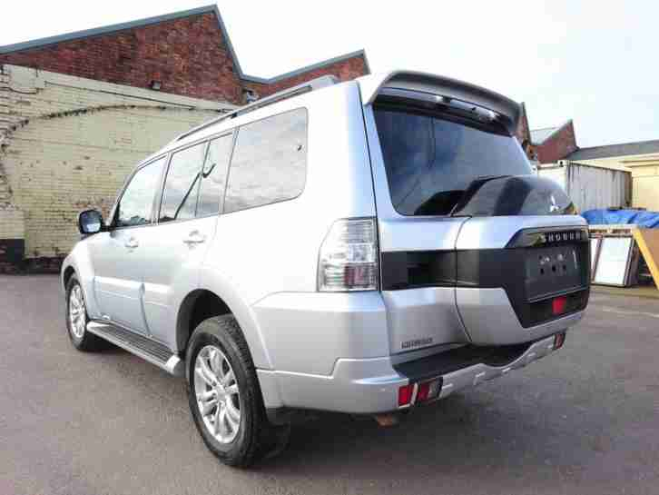 2015 65 REG MITSUBISHI SHOGUN SG3 3.2 DI-DC DIESEL AUTO CAT-D DAMAGED SALVAGE