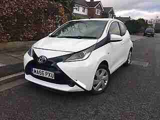 2016 66 REG TOYOTA AYGO X PLAY VVT I 5DR WHITE SALVAGE DAMAGED REPAIRED