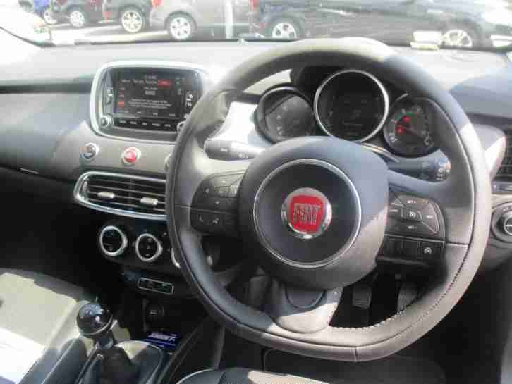 2016 Fiat 500X Cross Plus 1.6 MultiJet 120hp 5dr, 7inch Touch Screen with DAB an