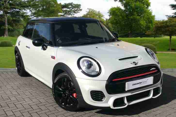 2016 MINI Hatch 2.0 John Cooper Works 3dr Petrol silver 6 Speed Manual