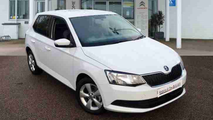 skoda 2016 fabia diesel semi automatic hatchback car for sale. Black Bedroom Furniture Sets. Home Design Ideas