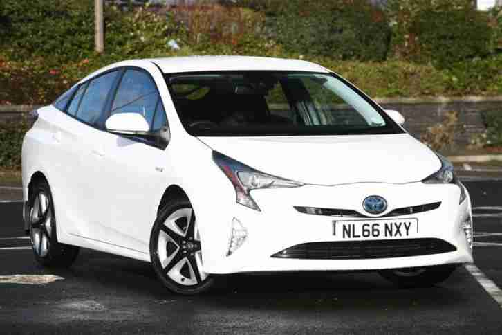 2016 Toyota Prius 1.8 Business Edition Plus Hybrid PETROL ELECTRIC white CVT