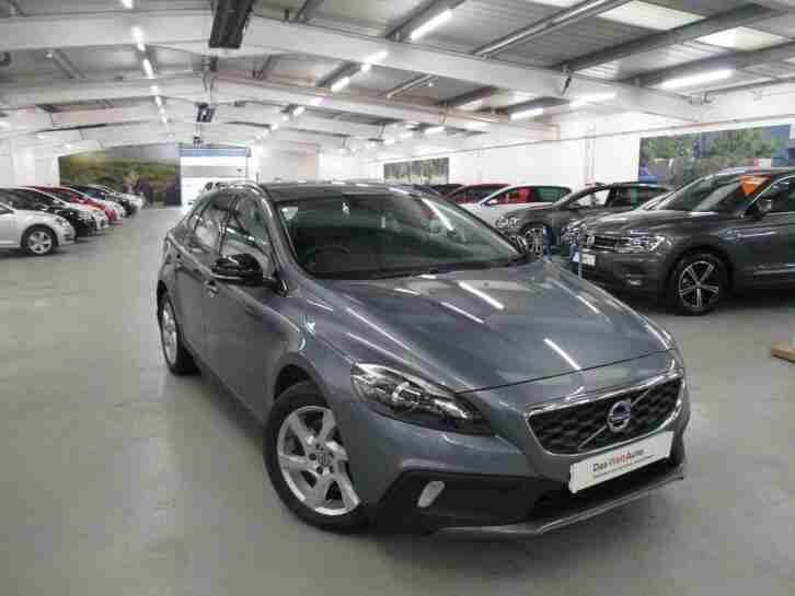 2016 Volvo V40 2.0 TD D2 Cross Country Lux 5 Door Hatchback Diesel grey Automati