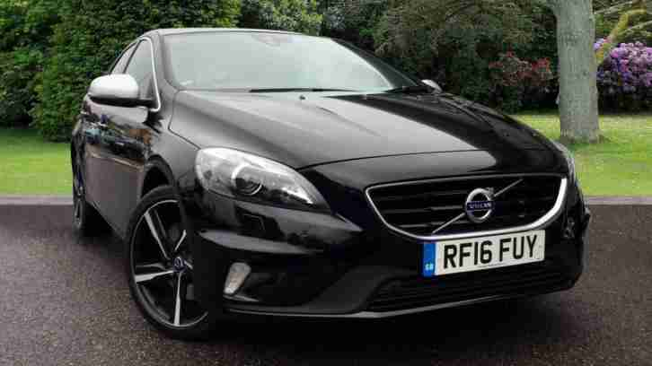 2016 Volvo V40 R Design Lux Nav with Xenium Pack and Winter Pack, Park Assist Pi