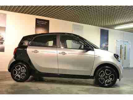 smart 2016 forfour new prime petrol silver automatic car for sale. Black Bedroom Furniture Sets. Home Design Ideas