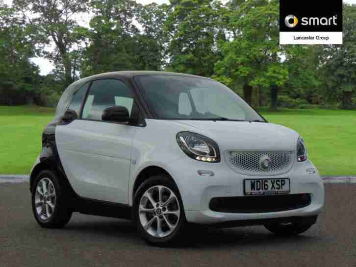 2016 smart fortwo coupe 1.0 Passion 2dr Auto Petrol white Automatic