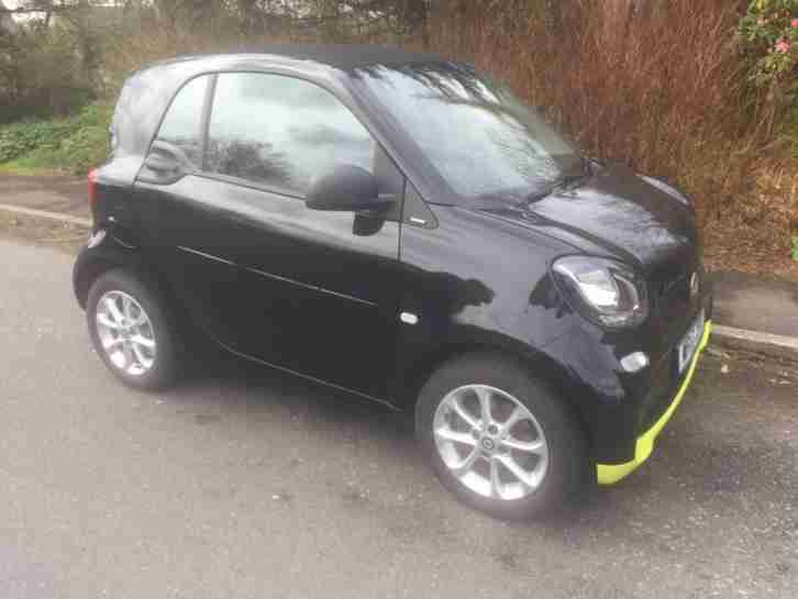 Smart 17. Smart car from United Kingdom