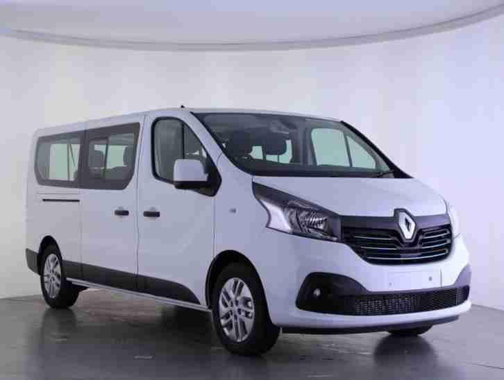 renault 2017 trafic trafic ll29 energy dci 125 sport nav minibus car for sale. Black Bedroom Furniture Sets. Home Design Ideas