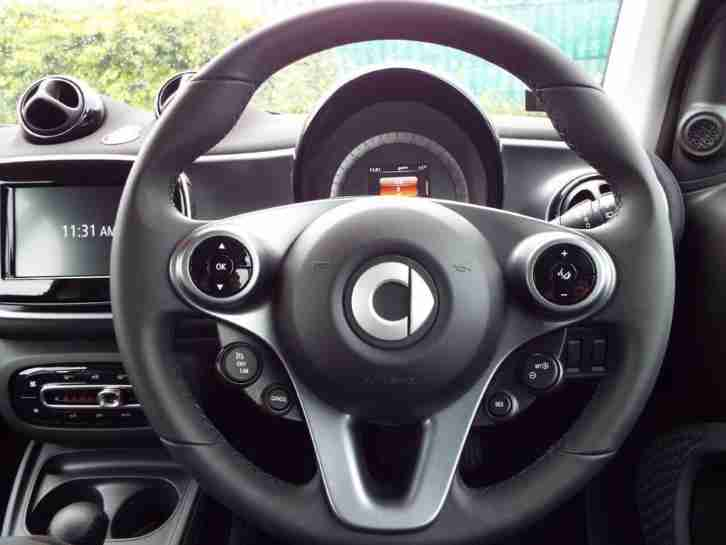 2017 smart ForTwo Coupe 1.0 Passion Premium 2dr Auto Automatic Coupe
