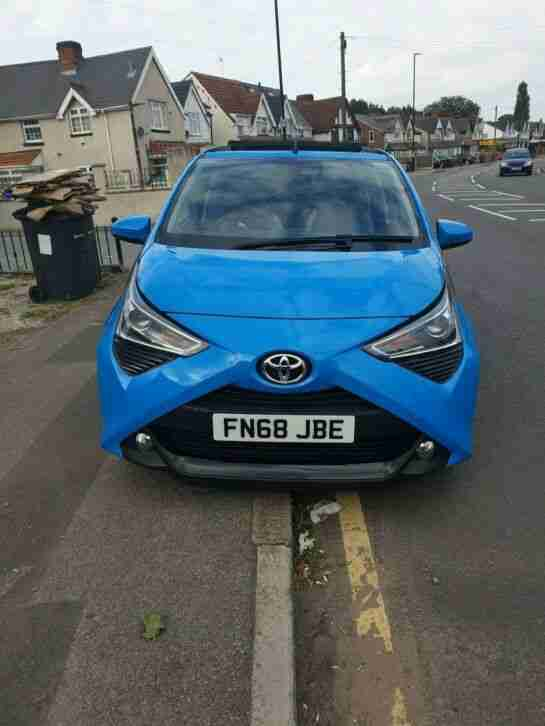 2018 Aygo 5 Door Blue Soft Top Roof