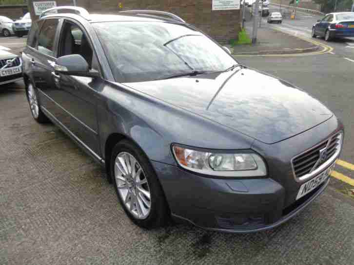 59 VOLVO V50 1.6D DRIVe SE LUX ESTATE IN METALLIC GREY WITH BLACK LEATHER