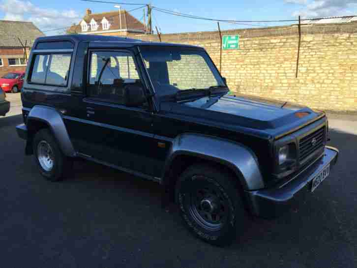 94 M Daihatsu Fourtrak Independent,2.8td,long mot,7 seat,,spares or repairs