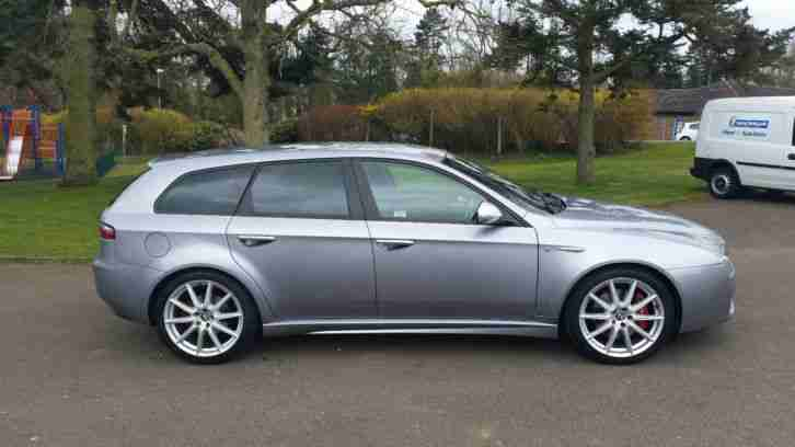 alfa romeo 159ti 2 4 jtdm sportwagon fast and economical car for sale. Black Bedroom Furniture Sets. Home Design Ideas