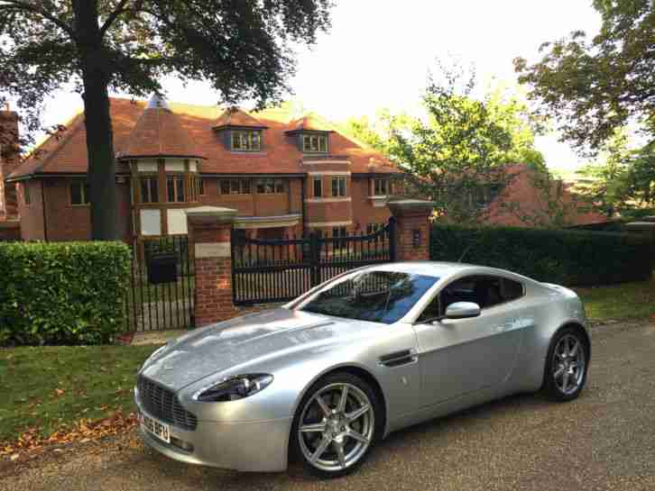 ASTON MARTIN VANTAGE V8 TITANIUM SILVER, 2 OWNERS, JUST SERVICED, RARE MANUAL